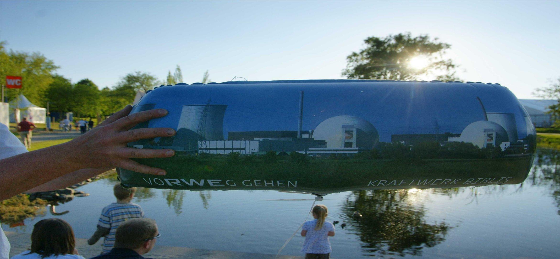 Hessentag 2010: Werbung für Atomkraft und Getreideaufklärung