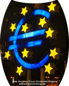 """Euro im Abgrund oder abgründige Euro-Finanzpolitik: """"Der Euro steckt nicht in der Krise"""" kritisiert der Frankfurter Volkswirtschaftler Professor Paul G. Schmidt die aktuelle Rettungsschirm-Politik"""