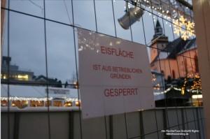 Ratlose Kinderaugen an der Eisbahn-Arena in Haiger: Geschlossen aus betrieblichen Gründen