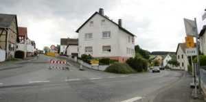 Landstraßensanierung in Mittelhessen: Zur Not wird über den grünen Planweg gefahren