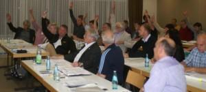 Mit den Stimmen von SPD, Grünen und FWG wird Norbert Bingel für befangen erklärt