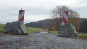 Dolles Dorf in Mittelhessen mal anders: Die Grüne-Plan-Weg-Blockade zwischen Erda und Mudersbach