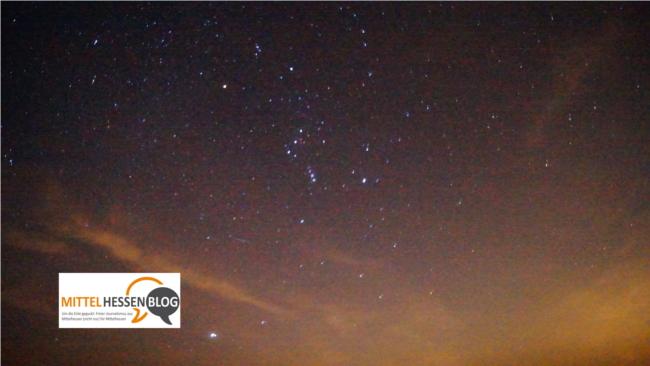 Wie dunkel ist die Nacht in Mittelhessen wirklich? Hier siieht man zumindest den Orion leuchten.