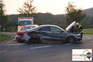Unachtsamkeit bei Fellingshausen mit teuren Folgen: Sechs Leichtverletzte, rund 70000 Euro Sachschaden