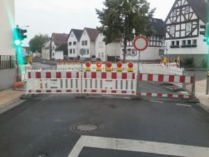 Straßenvollsperrung in Heuchelheim — Steuerverschwendung die Dritte?