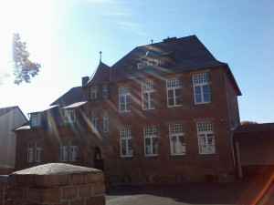 Zertifizierte Flüchtlingshelfer im Vogelsbergkreis — Leichtbauhallen für Marburg-Biedenkopf
