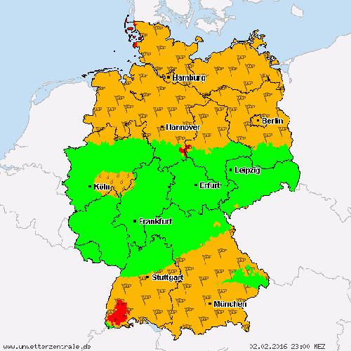 Von Westen nähert sich eine Regenzelle Mittelhessen, die in Verbindung mit Kaltluft in der Nacht zum 3. Februar wieder für Neuschnee sorgen soll. Quelle: Unwetterzentrale.de