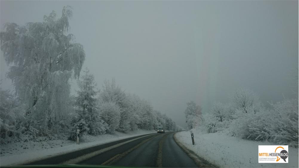 Eine weiße Winterwunderlandschaft gab es Silvester 2016 nur punktuell. Wie hier an der Umgehungsstraße bei Wettenberg. Foto: Felix v. Gallera