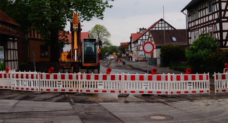 Baustellenfrust und Bußgeldgerücht in Niederweimar
