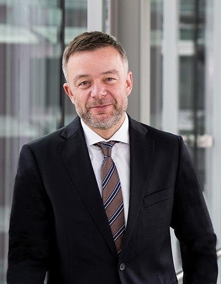 Dem langjährigen Vorstandschef Manfred Bender wurde überraschend kurzfristig der Vertrag gekündigt. Bildquelle: Pfeiffer Vacuum.